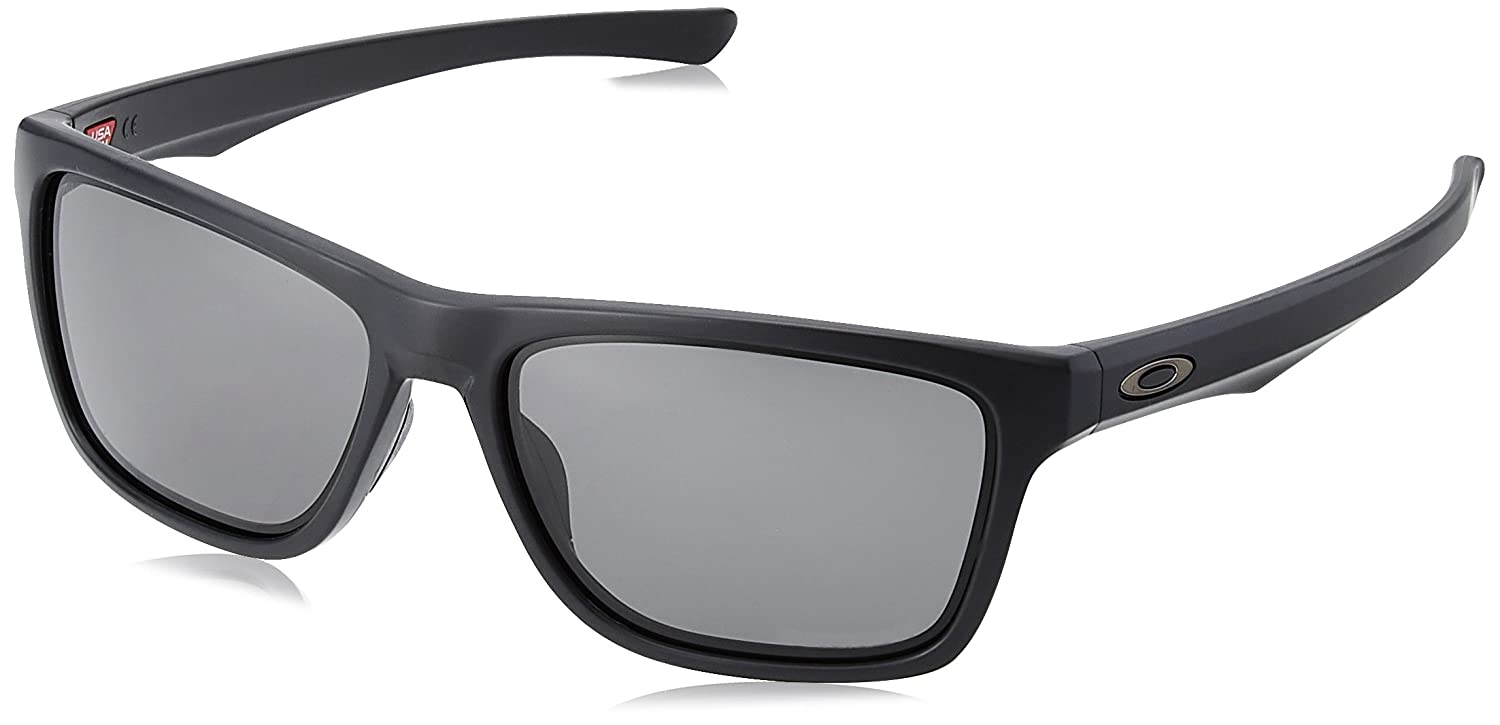 10f914c0041 Amazon.com  Oakley Men s Holston Sunglasses