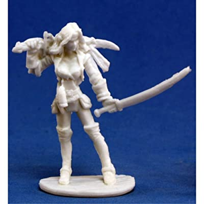 Reaper Finaela, Female Pirate (1) Miniature: Toys & Games
