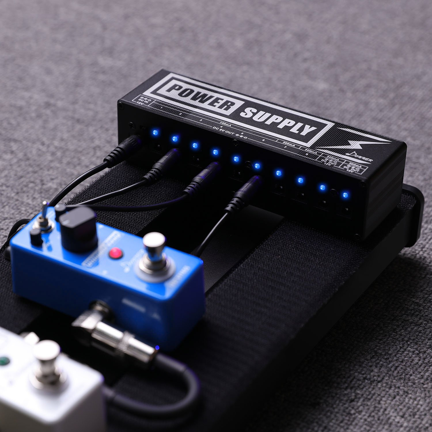 Donner Dp 2 Guitar Pedal Power Supply High Current 10 Isolated 9v Schematic Get Free Image About Wiring Dc Output For 12v 18v Effect Pedals Musical Instruments