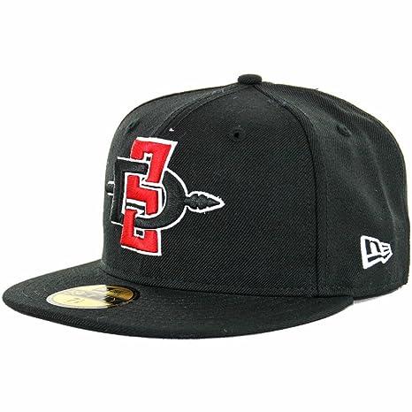 big sale bc9bb beb5f Amazon.com   New Era 59Fifty SDSU San Diego State Aztecs Fitted Hat (Black)  Men s NCAA Cap   Clothing