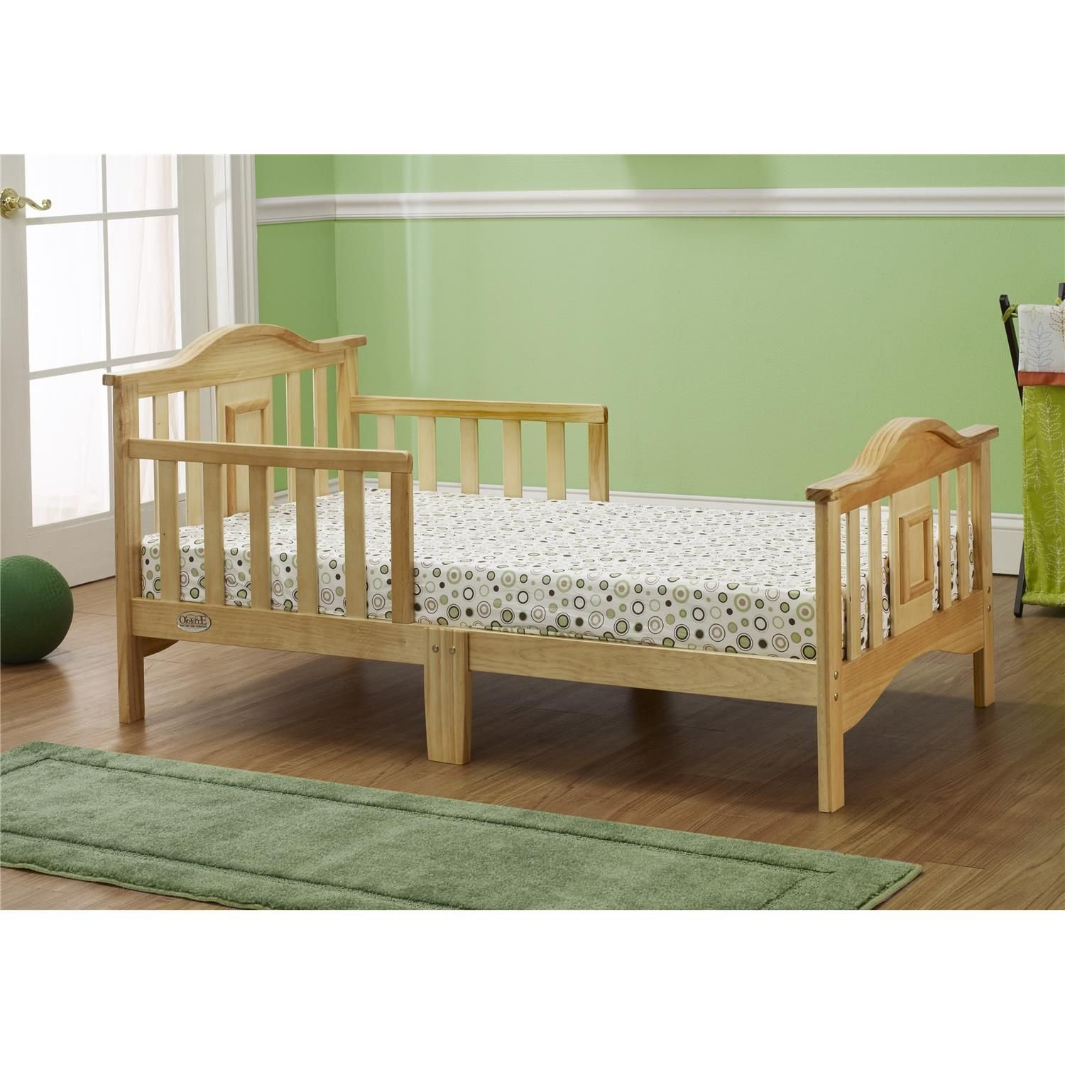 Orbelle Contemporary Toddler Bed in Natural