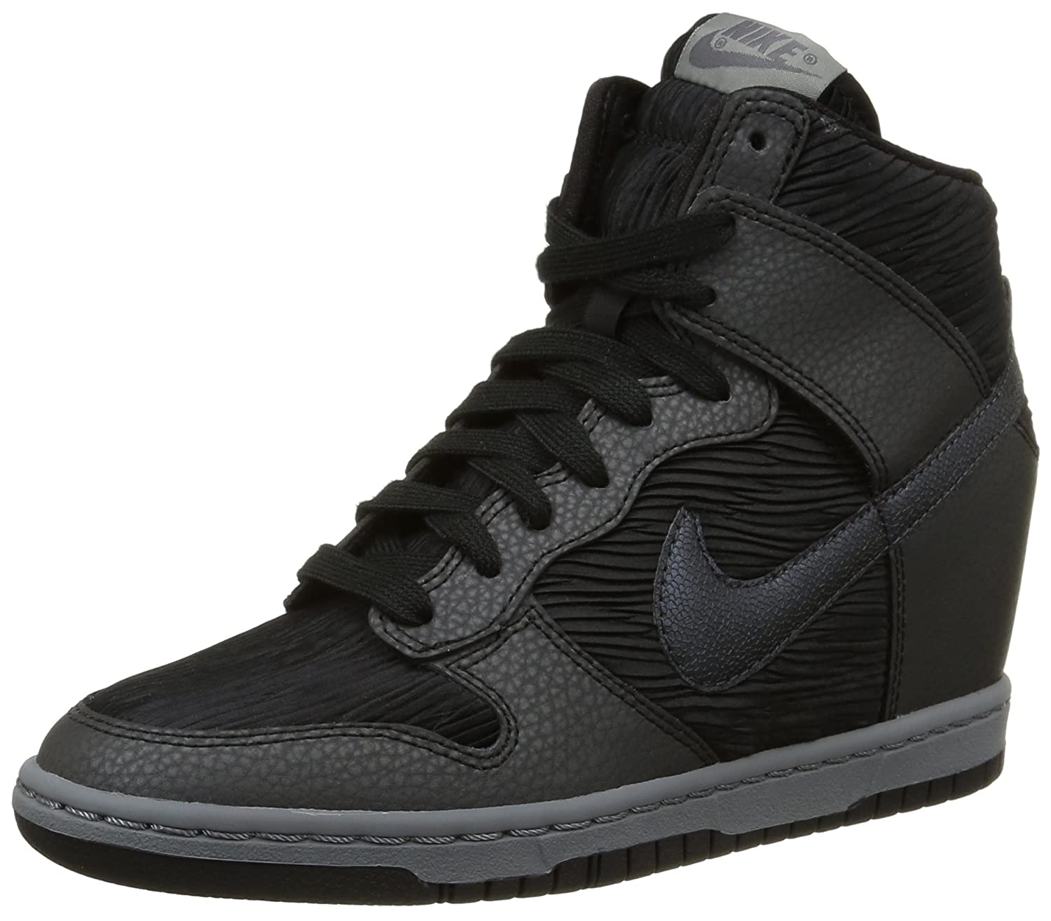 cheaper 92bc6 1f8d5 Amazon.com   Nike Women s Dunk Sky Hi Casual Shoe   Fashion Sneakers