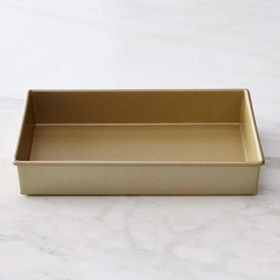 "Williams-Sonoma Goldtouch® Nonstick Rectangular Cake Pan, 9"" x 13"" | Williams-Sonoma"