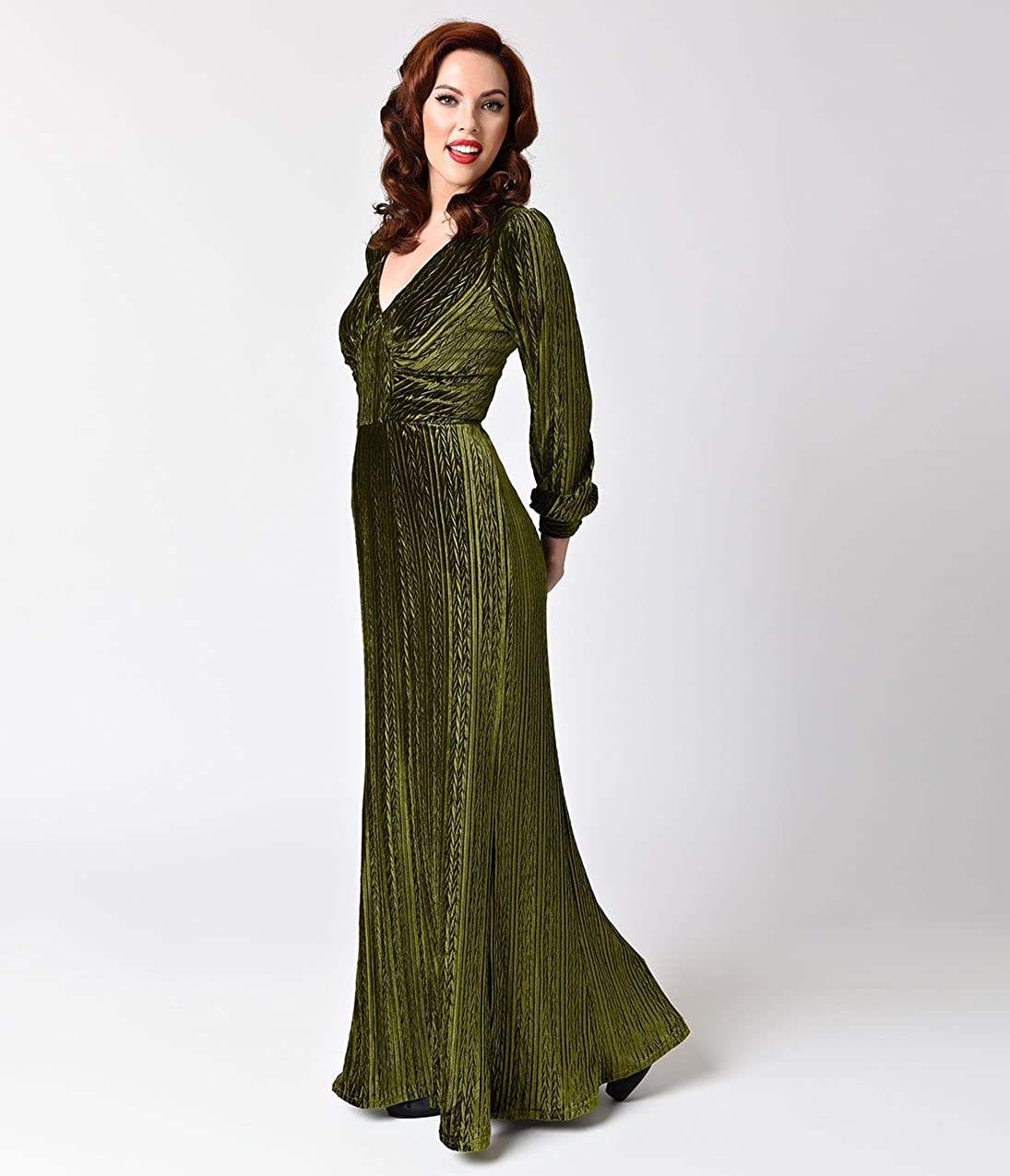 f3ab71f5701d Unique Vintage Voodoo Vixen Olive Green Velvet Long Sleeve Maxi Dress:  Amazon.ca: Clothing & Accessories