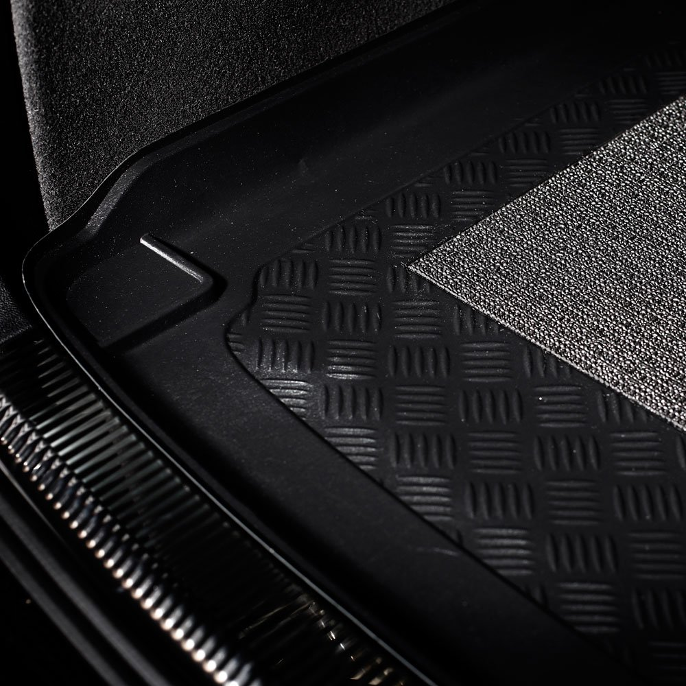 1573 Tailored Trunk Mat with Antislip cod KJ MTM Boot Liner Cherokee III from 2001-2007