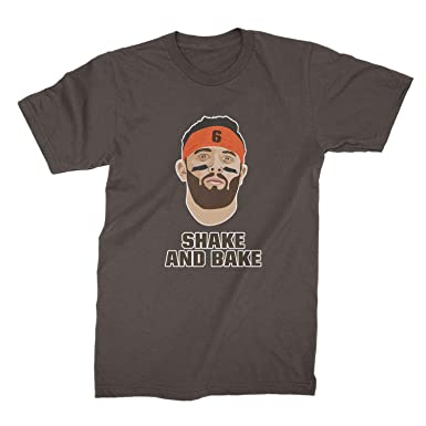 d586b89c2 Amazon.com  Baker Mayfield Shirt Browns Tshirt Shake and Bake Shirt   Clothing