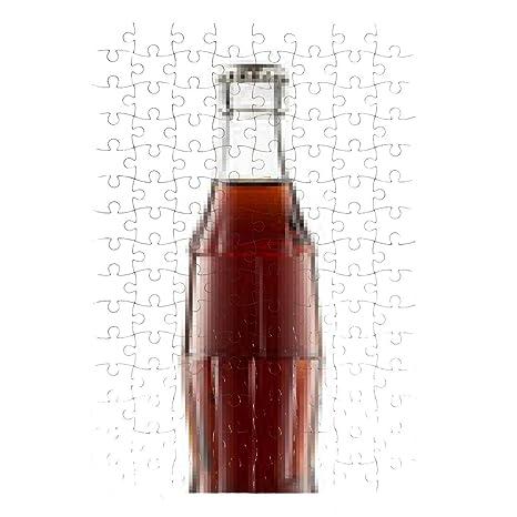 Puzzle Primo Piano Di Bottiglia Di Coca Cola Isolato Su Sfondo