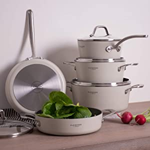 Best Non Stick Pots And Pans Cookware Set America S Test Kitchen 2021