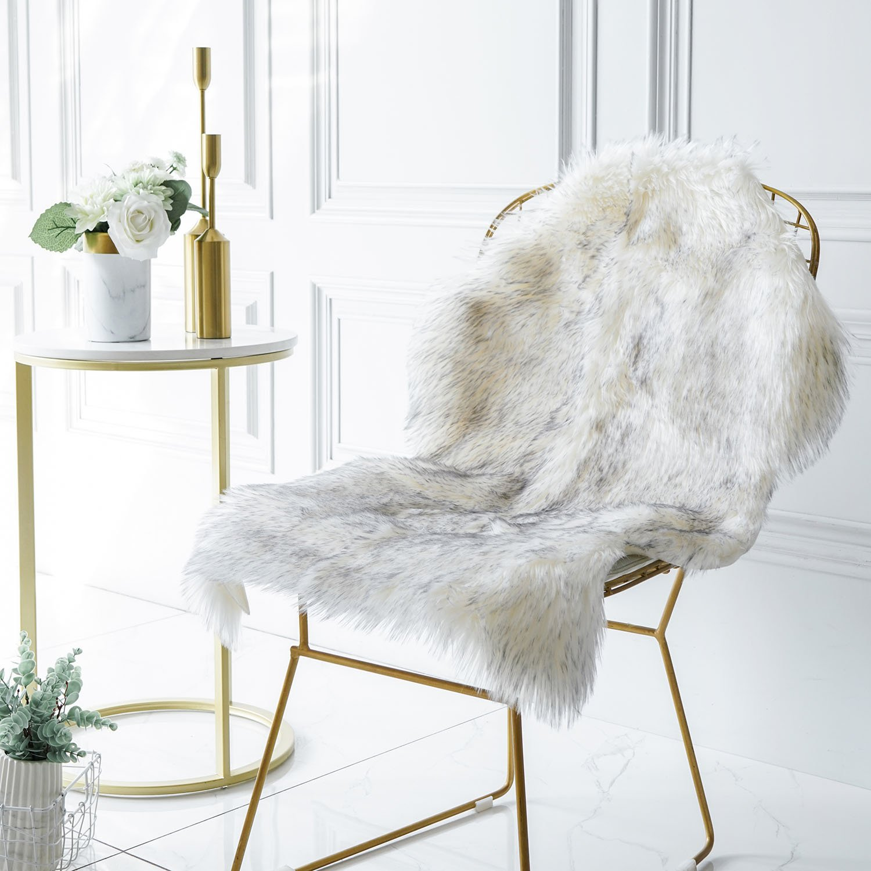 Iisutas Faux Sheepskin Fur Area Rugs For Bedroom, Luxury