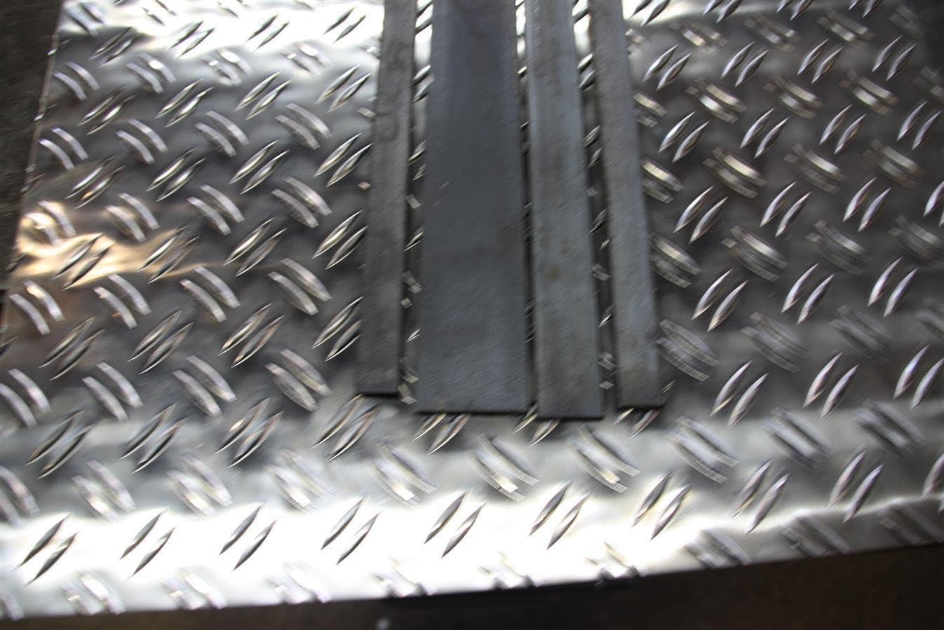 NLLeZ Ingranaggi del Motore in Ottone 2 Pezzi Ingranaggi del pignone Dorato 17T for WLtoys 12428 12423 12628 e Diametro dellalbero 3.175mm Buggy del Camion del cingolo dellautomobile