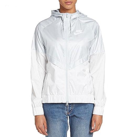 8894c4e04f34e NIKE Womens Windrunner Fitness Training Athletic Jacket at Amazon ...