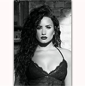Empty Demi Lovato Stars Pop Music Girl Singer Hot Picture Poster Art Light Canvas Modern Home Room Wall Print Decor Print On Canvas -50X70Cm No Frame