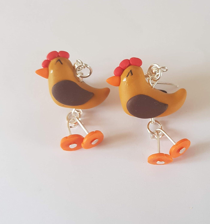 poules en boucles d oreille avec pattes qui bougent poulette cadeau rigolo fimo