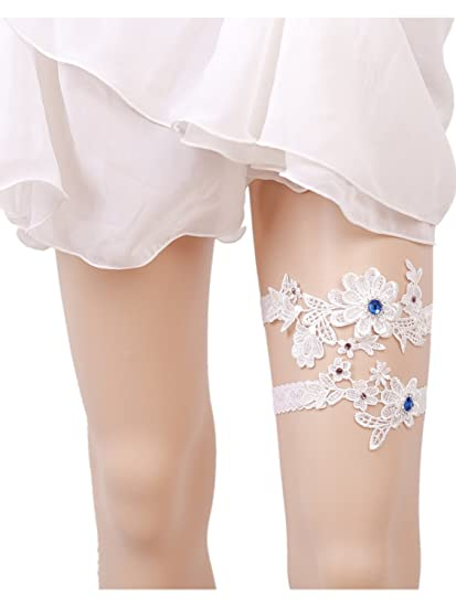 86c0bd4f7a5 Amazon.com  Fankeshi White Lace Bridal Garter Belt Set Wedding Accessories   Clothing
