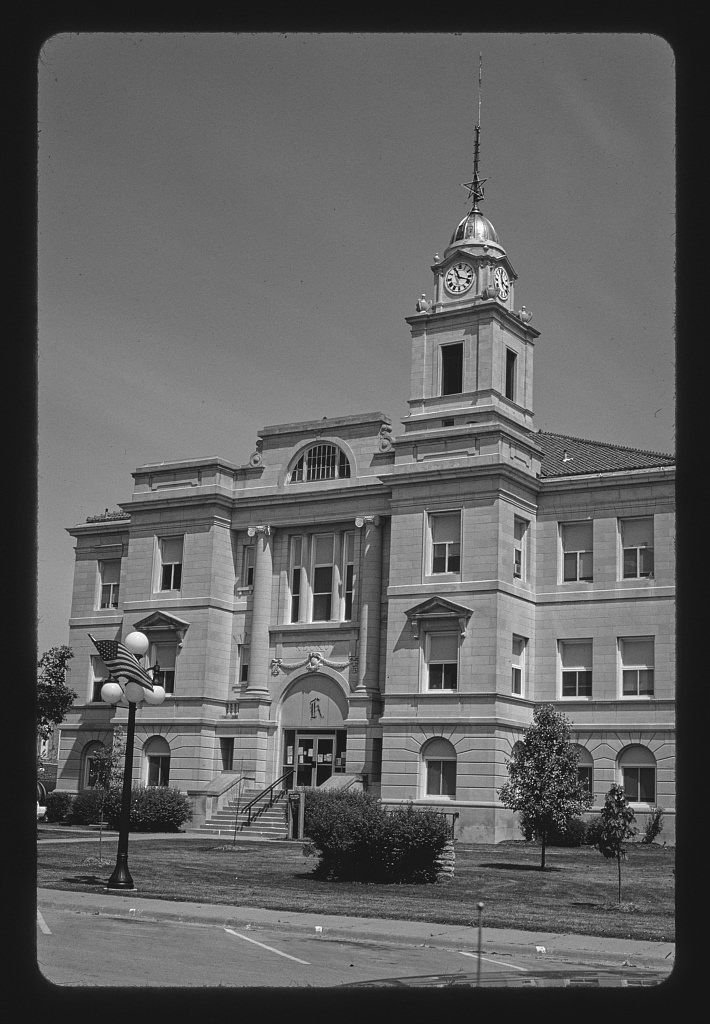 8 x 12 BW Photo of: Keokuk County Courthouse, Sigourney, Iowa 2003 Roadside America Margolies, John, photographer 80v Vintography