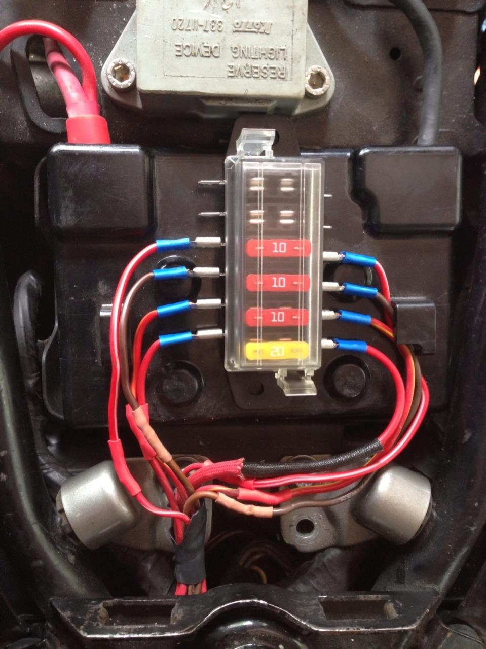 Hella H84960091 6 Way Lateral Single Fuse Box Car Old Style Fuses And Motorbike