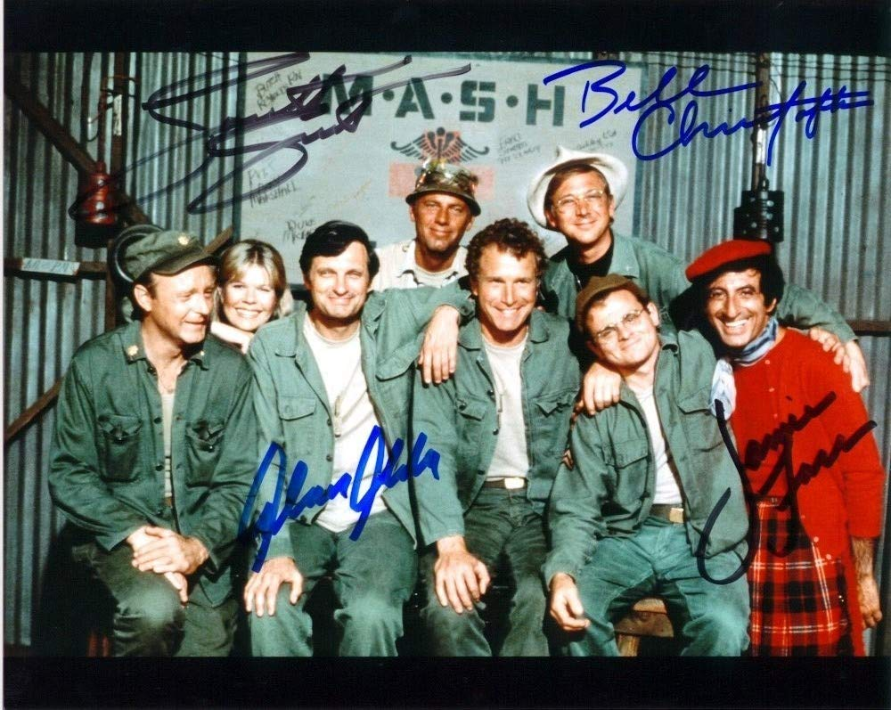 MASH FULL CAST - Reprint 8x10 inch Photograph