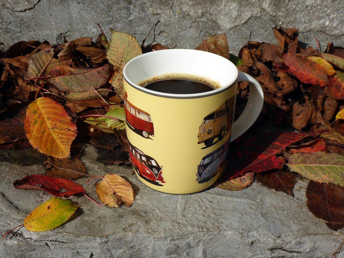 Red//Black BRISA VW Collection VW T1 Bus Coffee Mug 370ml