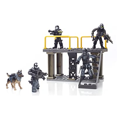 Mega Construx Call of Duty Covert Ops Unit Playset: Toys & Games