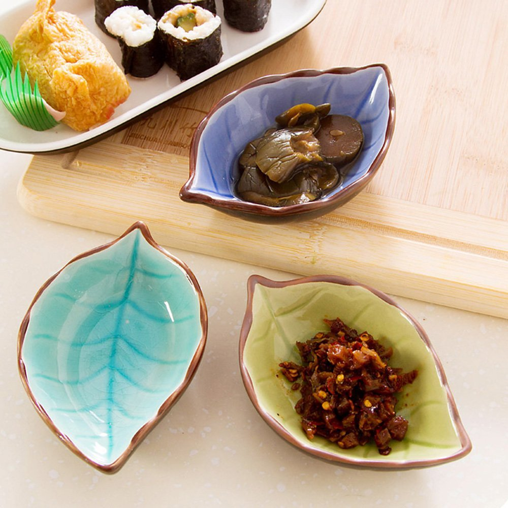 Saibang Leaf Shape Sauce Dishes, Hand-crafted Ceramic Plate (4-pack)