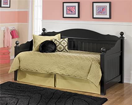 Amazon Com Ashley Furniture Signature Design Jaidyn Day Bed