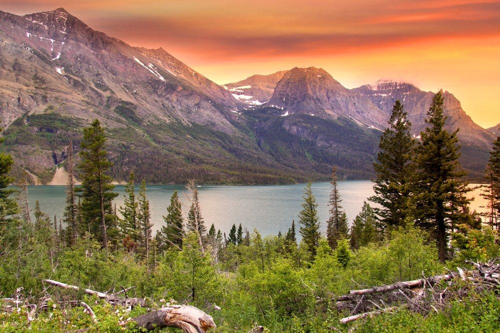 グレイシャー国立公園、モンタナ州 – 湖とPeaks At Sunset 36 x 54 Giclee Print LANT-48990-36x54 B017E9VQ9I  36 x 54 Giclee Print
