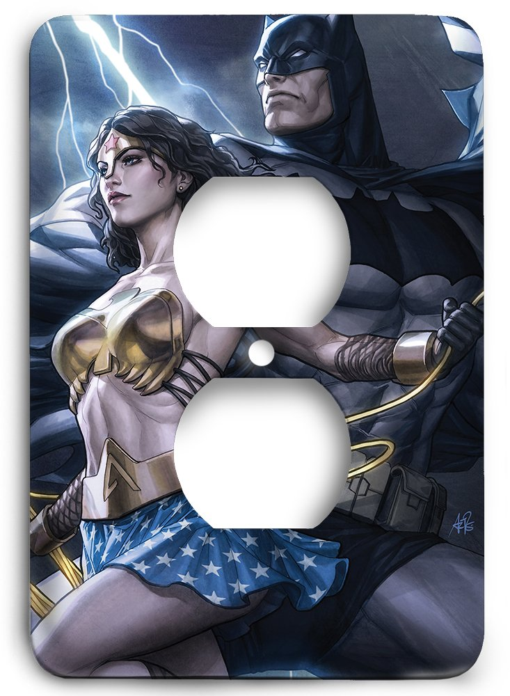 Dark Variants Batman and Wonder Woman Outlet Cover