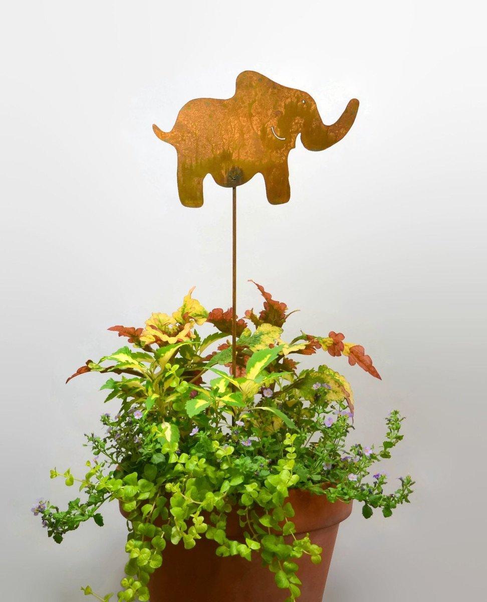 Amazon.com: Elephant Metal Yard and Garden Stake, Yard Art, Patio ...