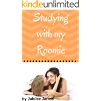 Studying With My Roomie (College Roomies Book 2) (English Edition)