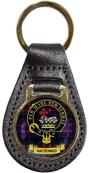 Amazon.com: Llavero de piel con escudo del clan escocés ...