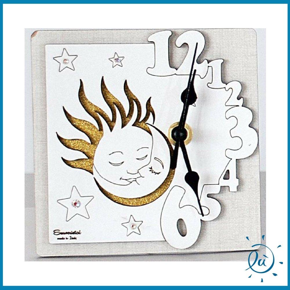 OROLOGIO DA TAVOLO SOLE E LUNA CON GLITTER IN LEGNO misura 13X13 cm   Orologio analogico di design moderno per idee regalo bomboniere e arredamento interni