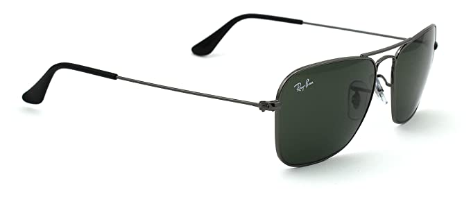 bba5a03a0a4 Image Unavailable. Image not available for. Color  Ray-Ban RB3136 Caravan  Unisex Sunglasses Green Classic 004 ...