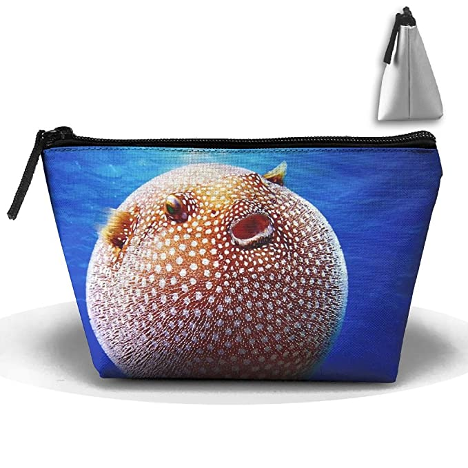 8aa73d8ac7 Amazon.com  Makeup Bag Trapezoidal Storage Bag Puffer Fish Portable  Cosmetic Bag Ladies Mobile Travel Bag  Clothing