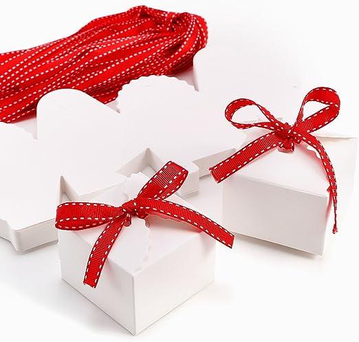 CLE DE TOUS - Set de 50 Cajas para dulces bombones Cajitas de boda regalo Caja de cuadro Romántico con cinta rojo Cube Favour Boxes: Amazon.es: Hogar
