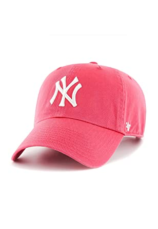 099e44027296e 47 Brand Cap - Mlb New York Yankees Clean Up Curved V Relax Fit red white  size  Adjustable  Amazon.co.uk  Clothing