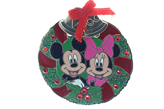 disney christmas wreath mickey minnie mouse pin