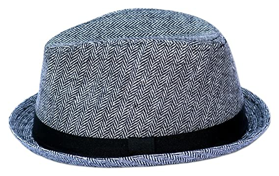 ad812ee9adfc7 Amazon.com  Born to Love Baby Boy s Herringbone Fedora With Band  Infant  And Toddler Hats  Clothing