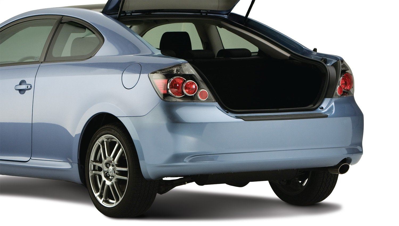 OE Style for 2011-2013 Toyota Highlander Auto Ventshade 34017 Rear Bumper Protector