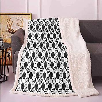 Sensational Amazon Com Twin Blanket Throw Blanket For Couch Black And Creativecarmelina Interior Chair Design Creativecarmelinacom