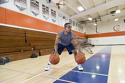 Amazon.com: SKLZ corte Vision anteojos de baloncesto Dribble ...