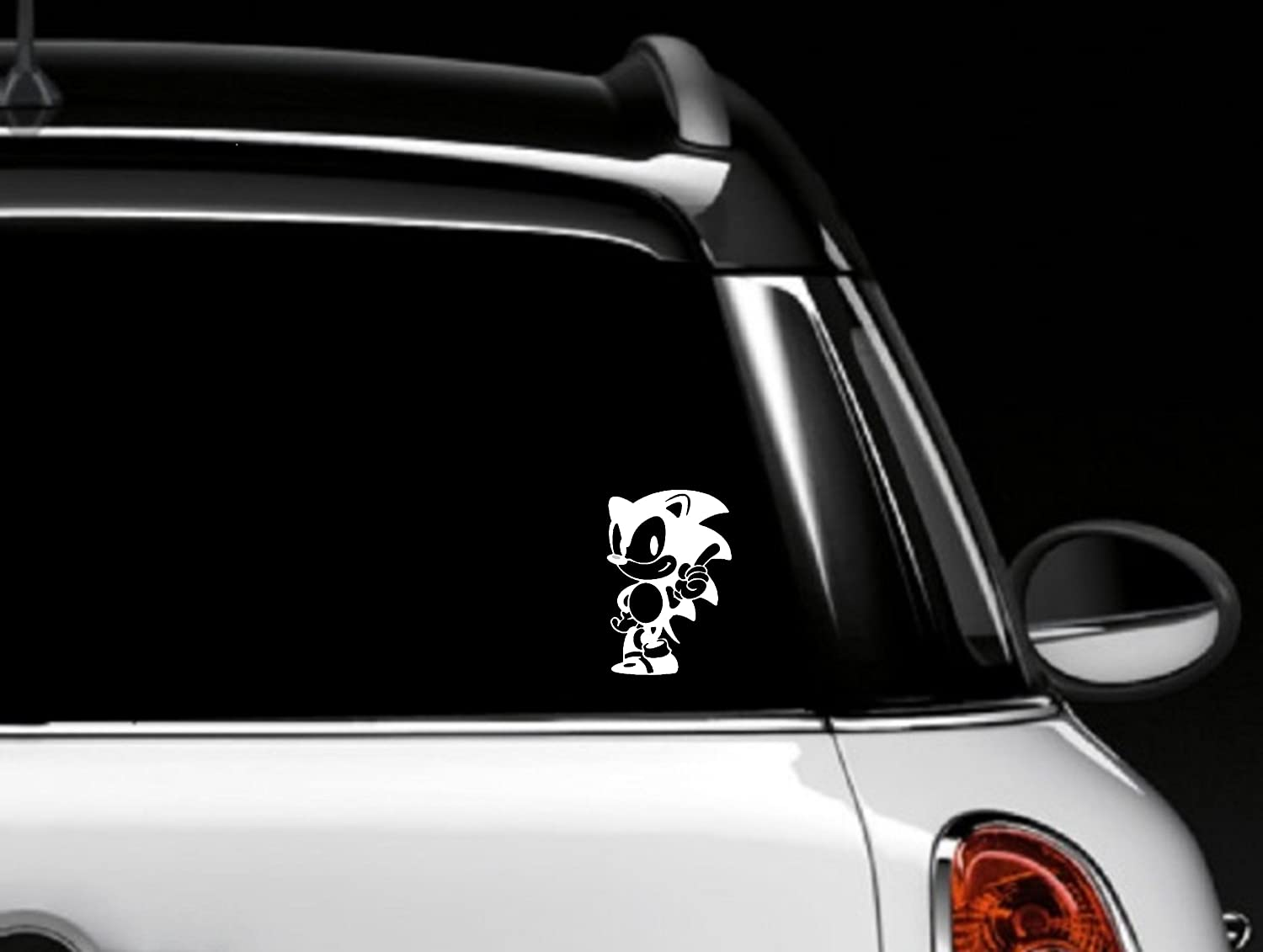 Amazon Com Sonic The Hedgehog White Car Window Decal Everything Else