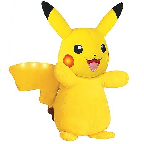 amazon com pokémon power action pikachu 12 inch plush shake to