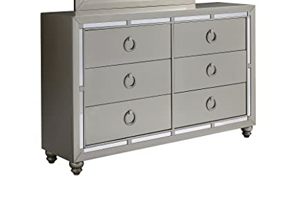 Amazon Com Global Furniture Usa 1621 Riley Dresser Silver Kitchen