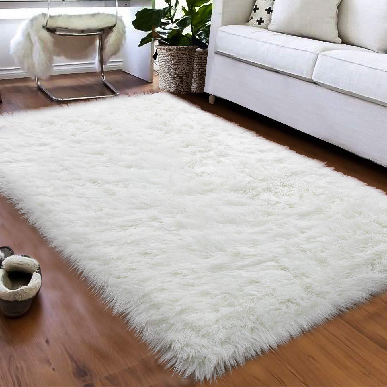 Softlife Faux Fur Sheepskin Area Rug Shaggy Wool Carpet for Bedroom Girls Living Room Home Decor 3ft x 5ft, White