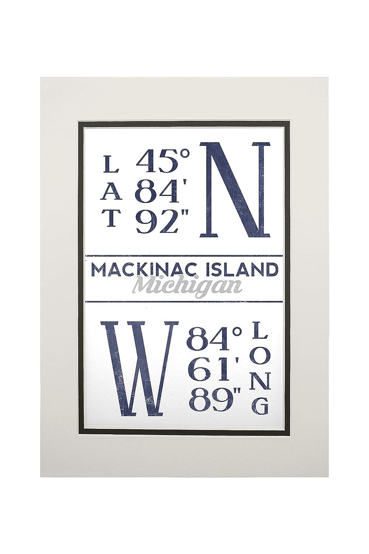 Mackinac島、ミシガン州 – 緯度と経度(ブルー) 11 x 14 Matted Art Print LANT-78537-11x14M B06XZY3JT5  11 x 14 Matted Art Print