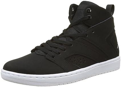 92261653e86 Amazon.com  NIKE Jordan Flight Legend Black White (9 D(M) US)  Shoes