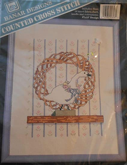 Amazon com: Goose Wreath Country Cross Stitch Kit CSM-608