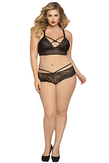 13e4d72979087 Seven Til Midnight Plus Size Sexy Galloon Lace Lattice Detail Bralette Bra  Top at Amazon Women s Clothing store