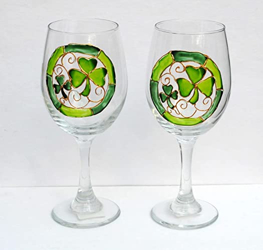 faf7e529660 Image Unavailable. Image not available for. Color  Lucky Green Shamrocks Hand  Painted Stemmed 20 oz Wine Glasses (Set of 2)