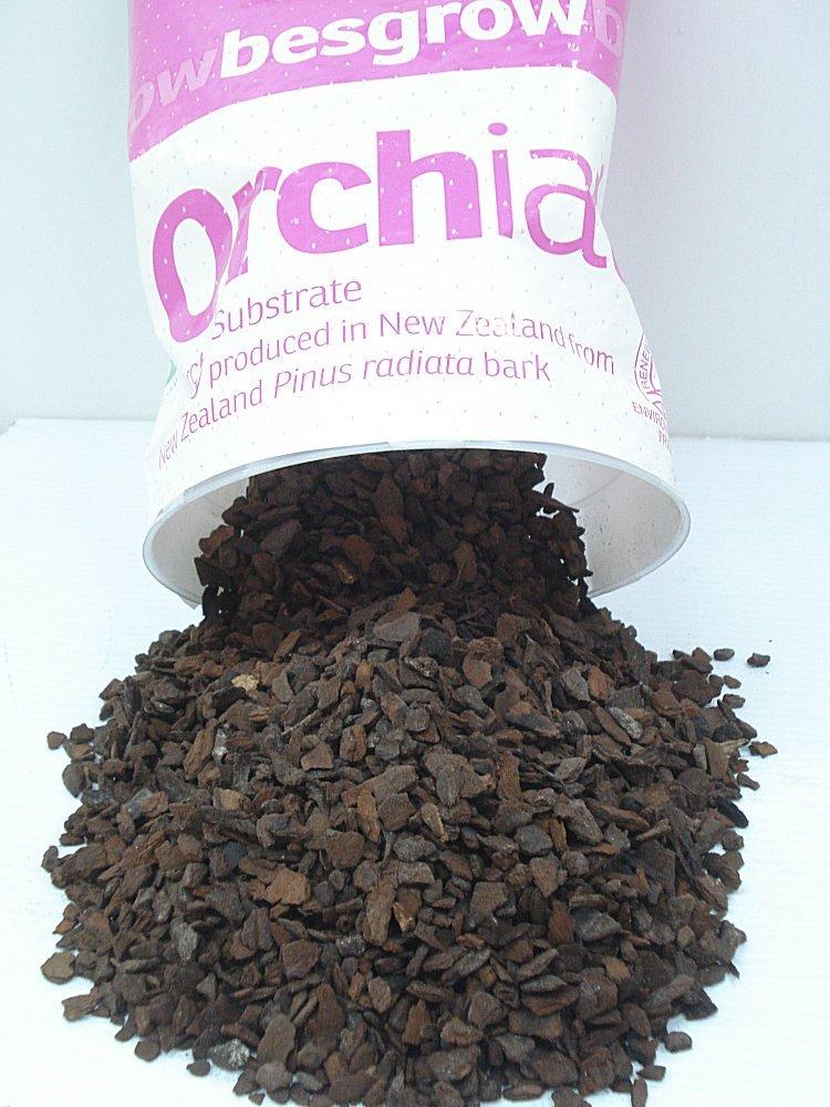 "Orchiata New Zealand Pinus Radiata Bark - Small Chips (3/8"") 1 Gallon Bag"